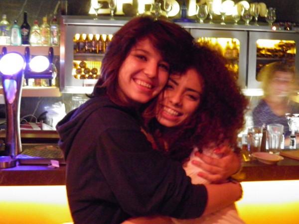 Noor e Diala, sua companheira de jornada