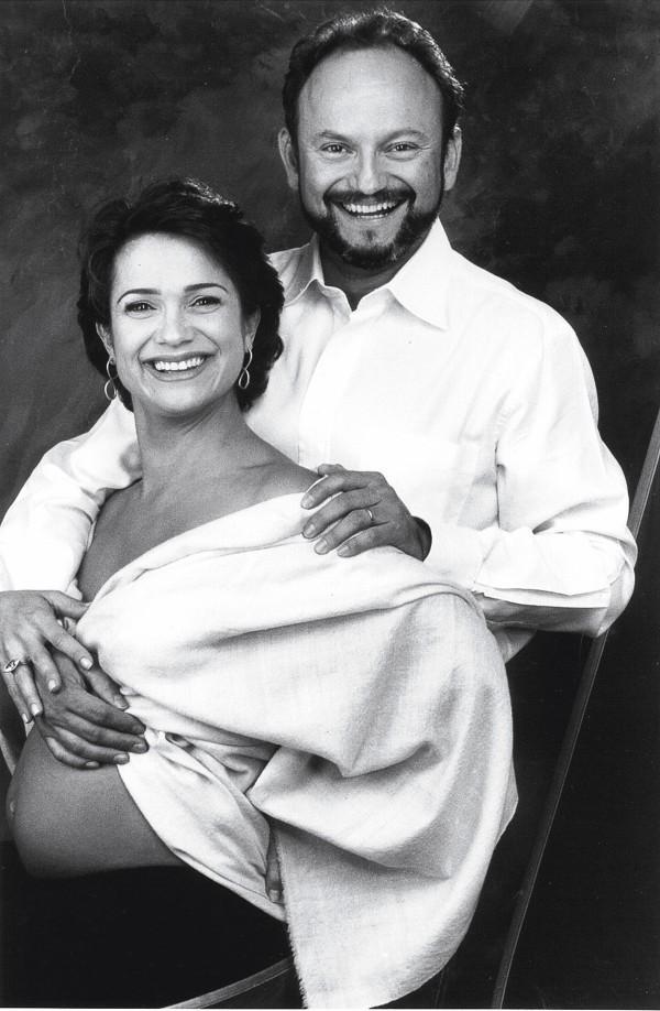 Com Ernesto Paglia, grávida de Elisa