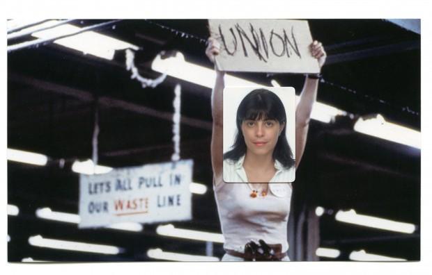 3x4 de Mariana Belisário sobre cena do filme Norma Rae, em que Sally Field interpreta uma sindicalista inspirada em Crystal Lee Sutton, que lutou pelos direitos trabalhistas na indústria têxtil dos EUA nos anos 70