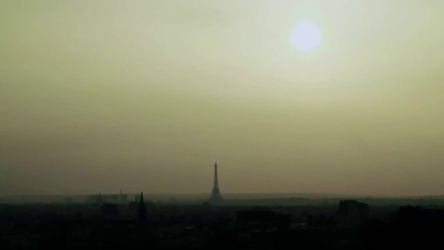 Quando se diz Paris, o que você pensa?
