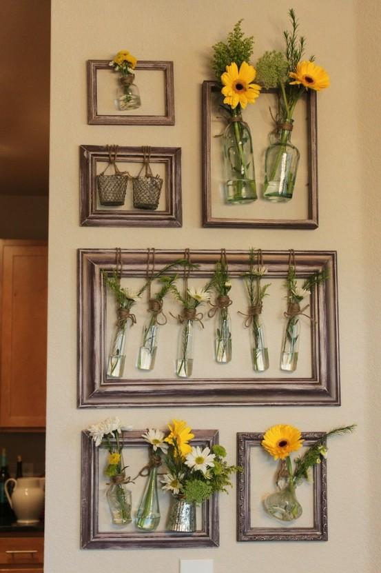 Molduras para os arranjos e você tem flores nas paredes