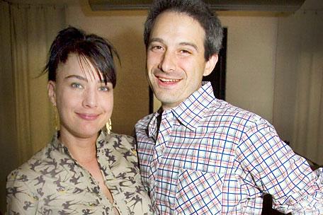 Com Adam Horovitz, do Beastie Boys, Kathleen Hanna forma um dos casais mais bacanas da música <3