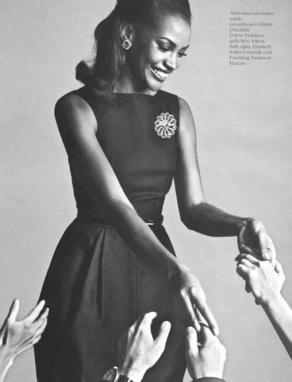 Ana Bela Santos em editorial de moda para revista