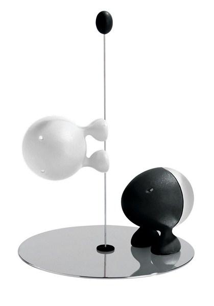 Saleiro e pimenteiro Lilliput designer Stefano Giovannoni para a marca Italiana Alessi, à venda na Benedixt (www.benedixt.com.br)