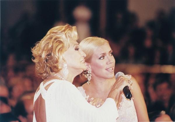 """Com a amiga e apresentadora Hebe, """"minha mãe substituta"""""""