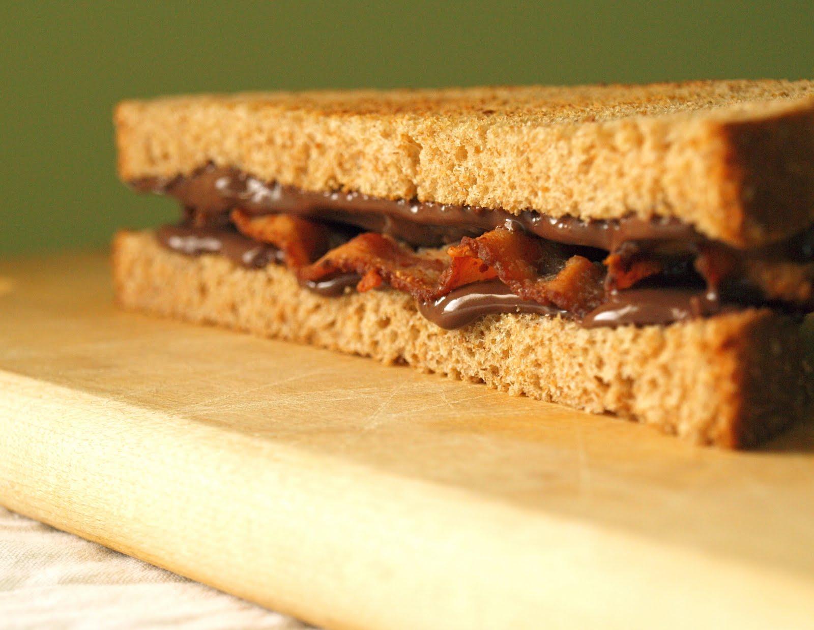 Para os mais fanáticos: sanduíche de bacon com creme de avelã e cacau
