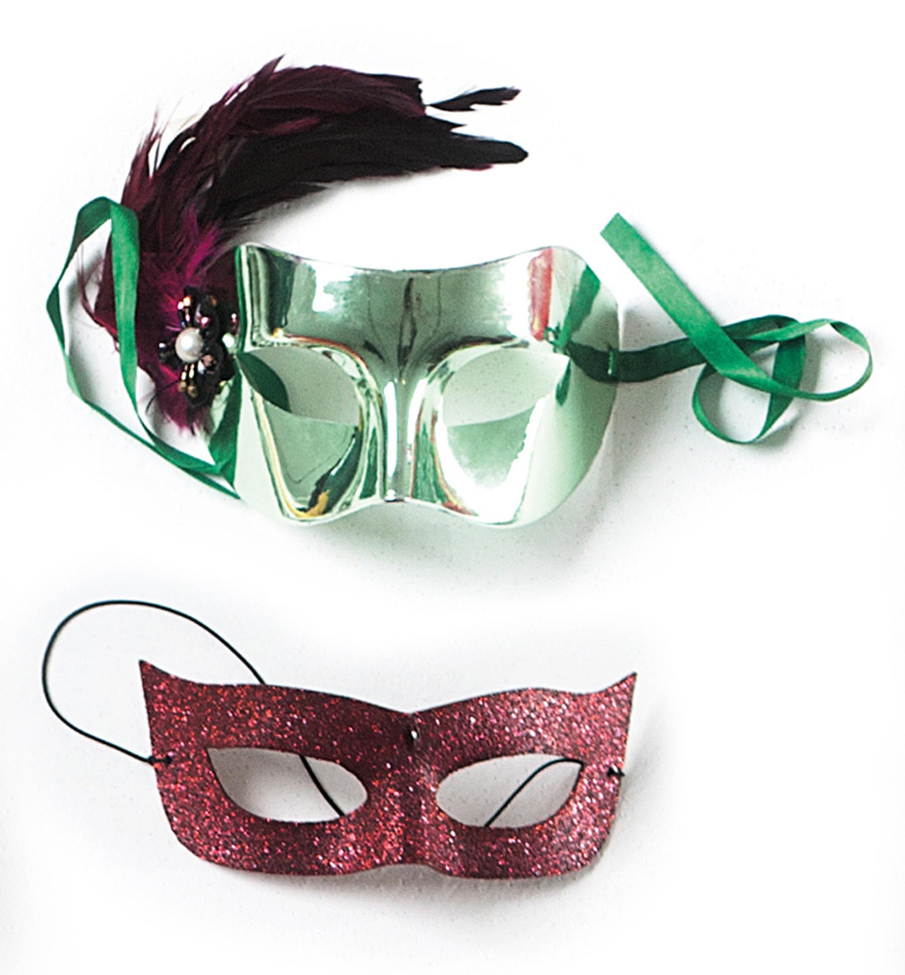 """Máscaras: """"Dão charme e mistério a qualquer fantasia."""""""