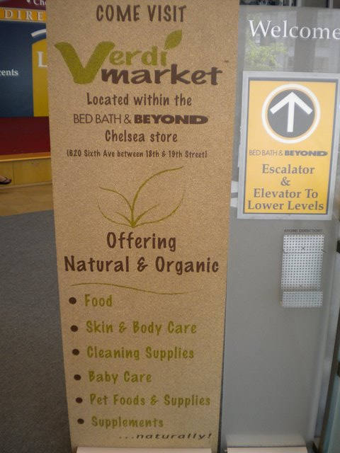 Setor só de produtos organicos numa grande loja de departamentos