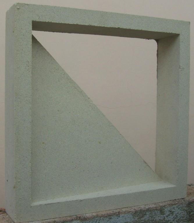 Em concreto modelo esquadro (Facital - www.facital.com.br)