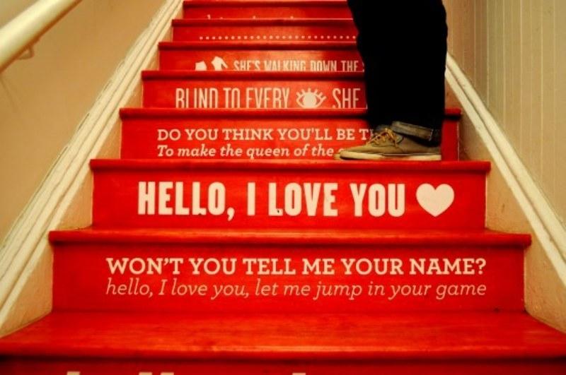 Frases eu adoro, em qualquer lugar! Você pode escolher a sua preferida e escrever na sua escada, assim é possível lê-la todos os dias