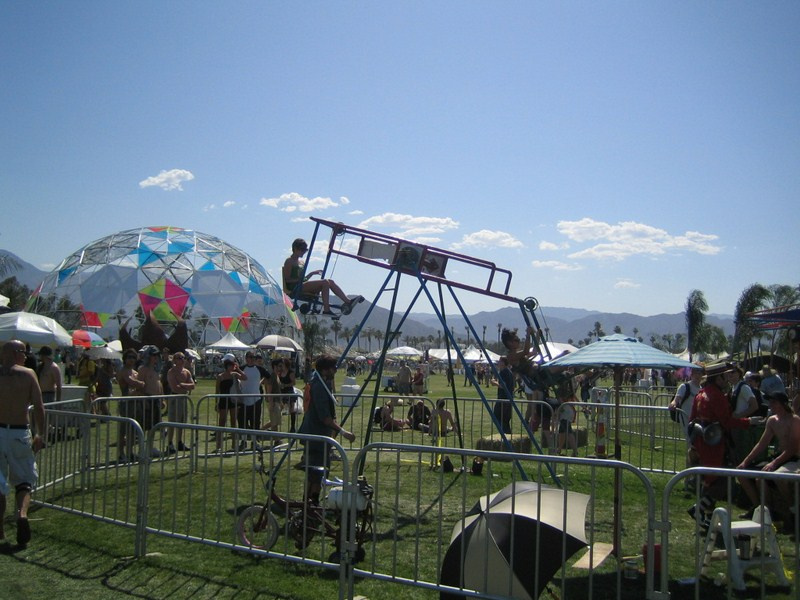 Alguns dos festivais contam com atrações além das musicais