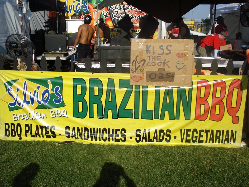 Tenda de comida brasileira no Coachella