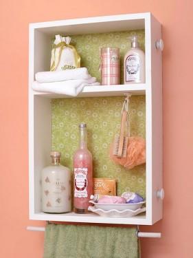 Para organizar os produtos de beleza no banheiro