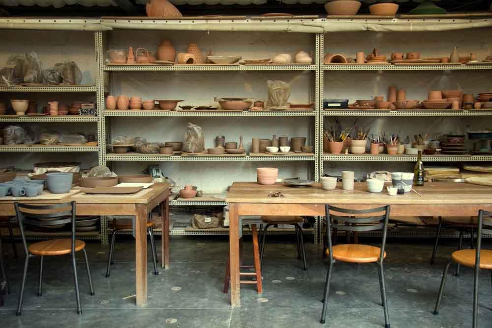 Onde acontece a oficina de cerâmica