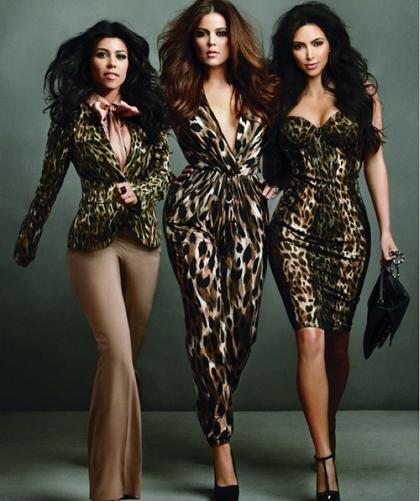As irmãs Kardashian vão lançar uma linha curves de sua colaboração para a Sears