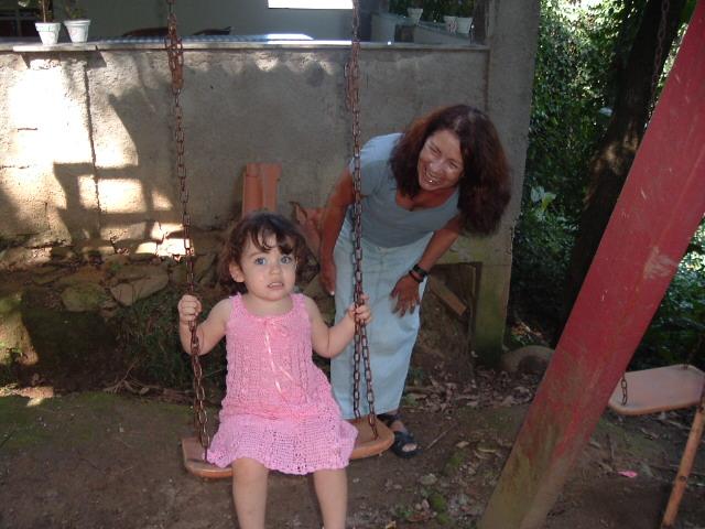 Vovó Lenita e a pequena Laura