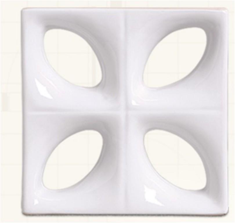 Louça branca modelo folha (Cerâmica Martins - www.ceramicamartins.com.br)