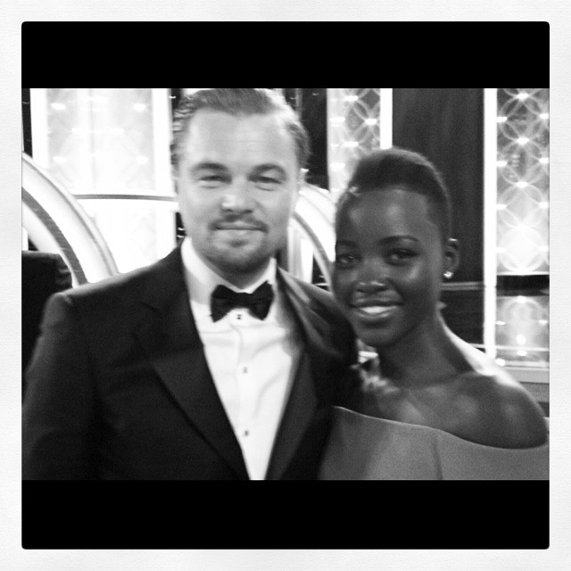 """""""Checklist do Globo de Ouro: conhecer Leonardo di Caprio e dizer a ele como amo seu trabalho desde que eu tinha 14 anos - CHECK"""""""