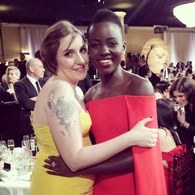 """""""Checklist do Globo de Ouro: Abraço em Lena Dunham - CHECK"""""""