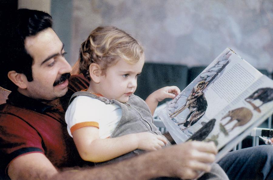 """Aos 3 anos, com o pai, Geraldo, que faleceu  em 2008: """"Eu era apaixonada por ele"""""""