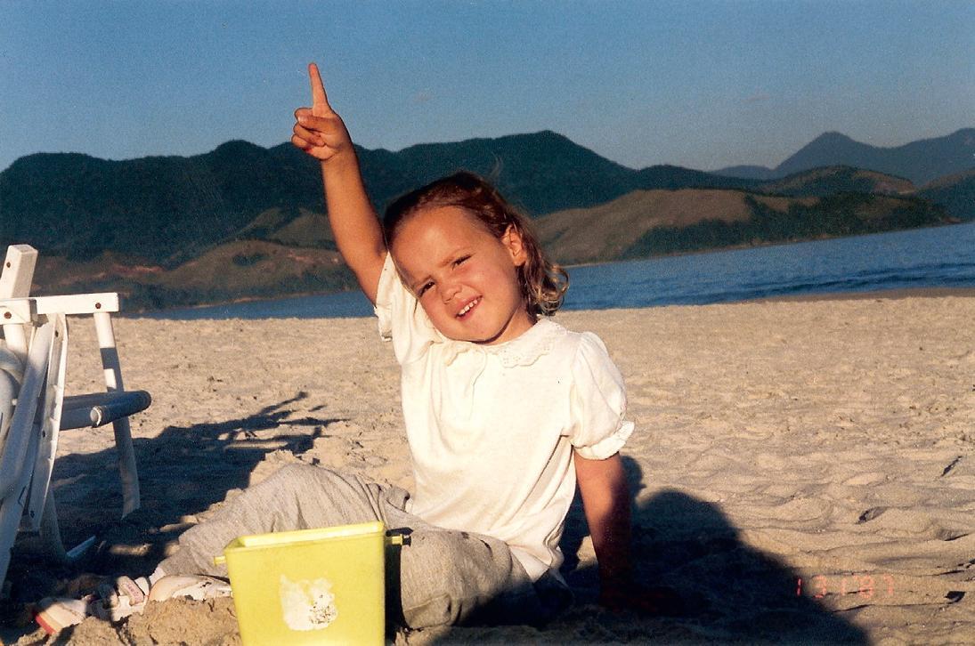 Com 3 anos na praia de Maresias, litoral de São Paulo