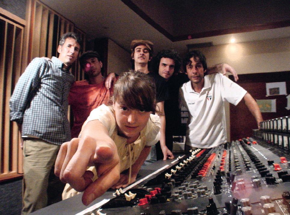 Em 2008 com sua banda de então, em estúdio no Rio