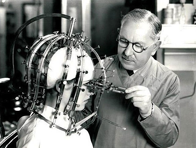 Max Factor e o Beauty Micrometer