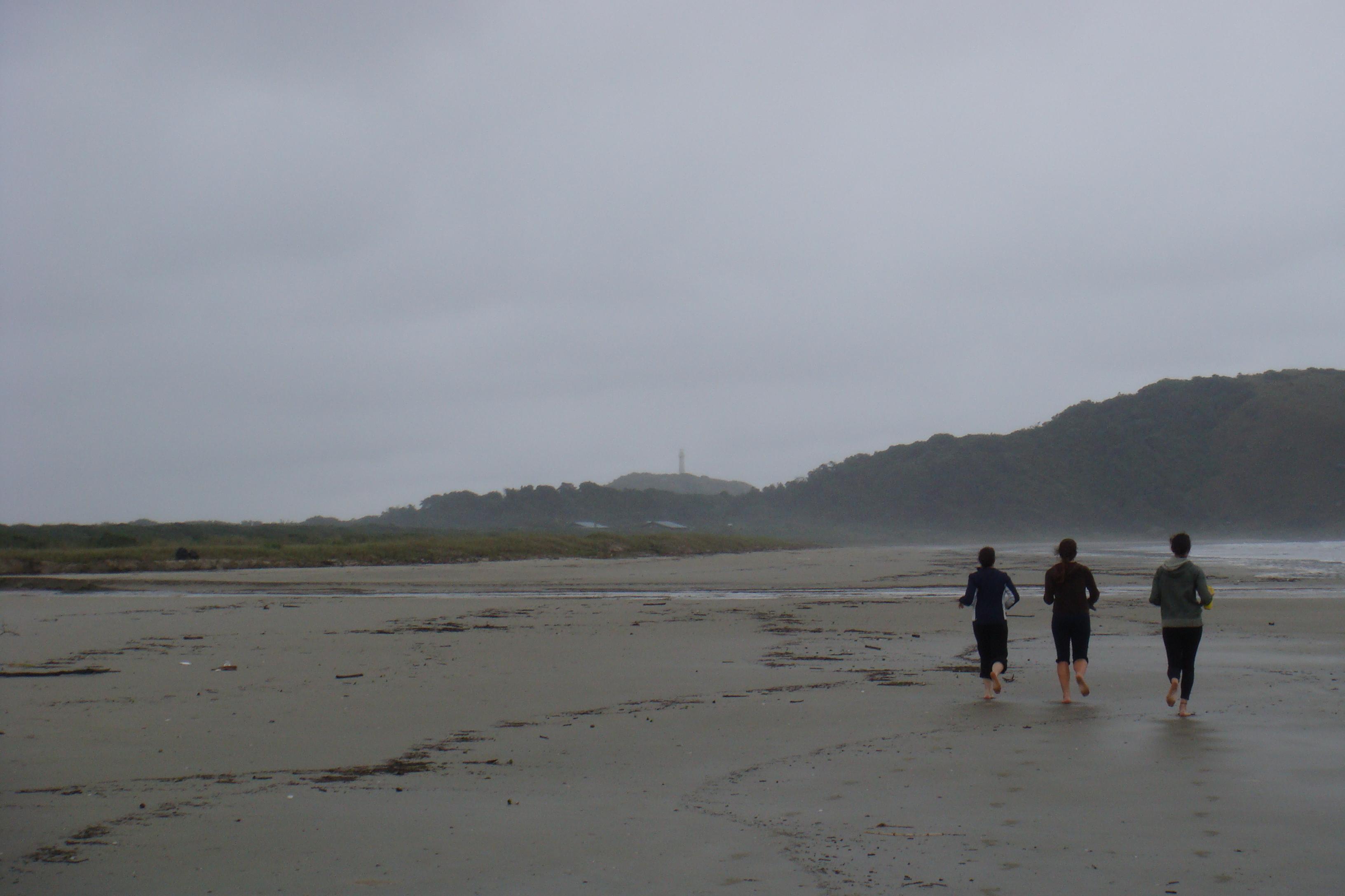 Batendo perna em praias pela Ilha do Mel