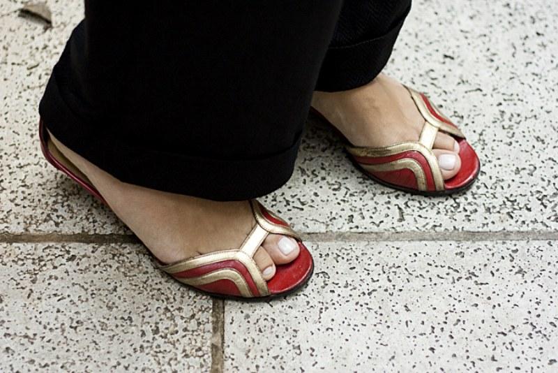 Essa sandália eu tb AMO, é da Luciana Vicente e eu uso nos dias mais inspirados. Ela dá um ar mais chic pra qualquer roupa