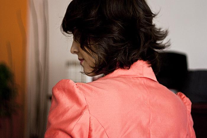 Terça-feira: Detalhe dos ombros de Minnie do blaser da Tainá