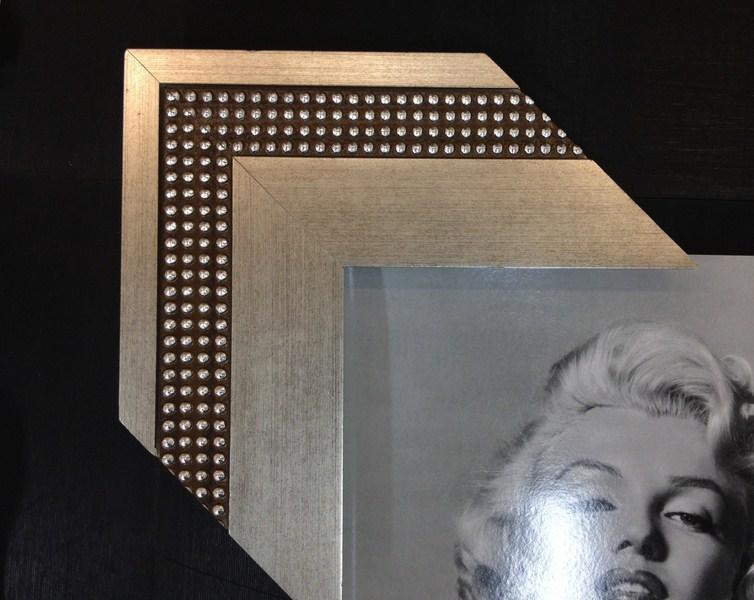 Prateado com tachas. Fast Frame (www.fastframe.com.br)