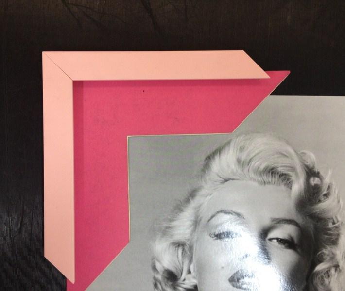 Moldura simples rosa com paspatur pink. Fast Frame (www.fastframe.com.br)