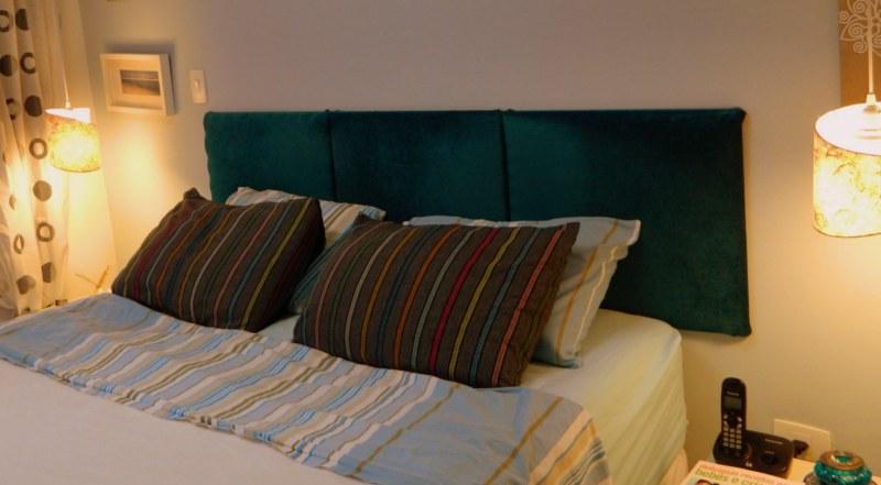 Placas de madeira 60x60 revestidas com tecido e espuma. Roupa de cama da Empório do Enxoval