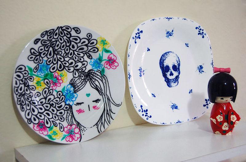 Prato menina - R$ 49 - Na Mari Mauro - Todos eles são pintados à mão e feitos sob encomenda