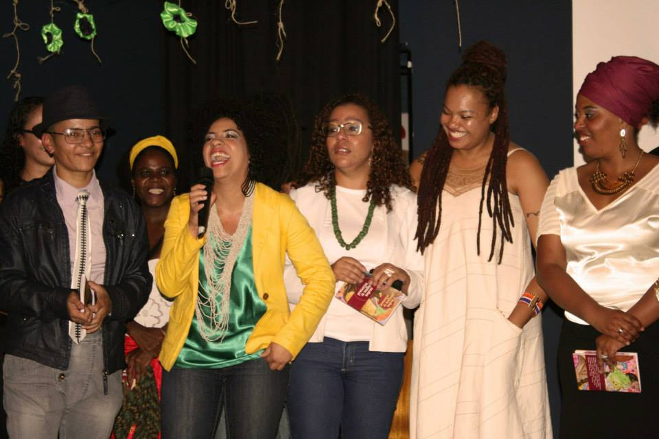 Primeiro lançamento de Pretextos de Mulheres Negras, na Ação Edcativa, em São Paulo