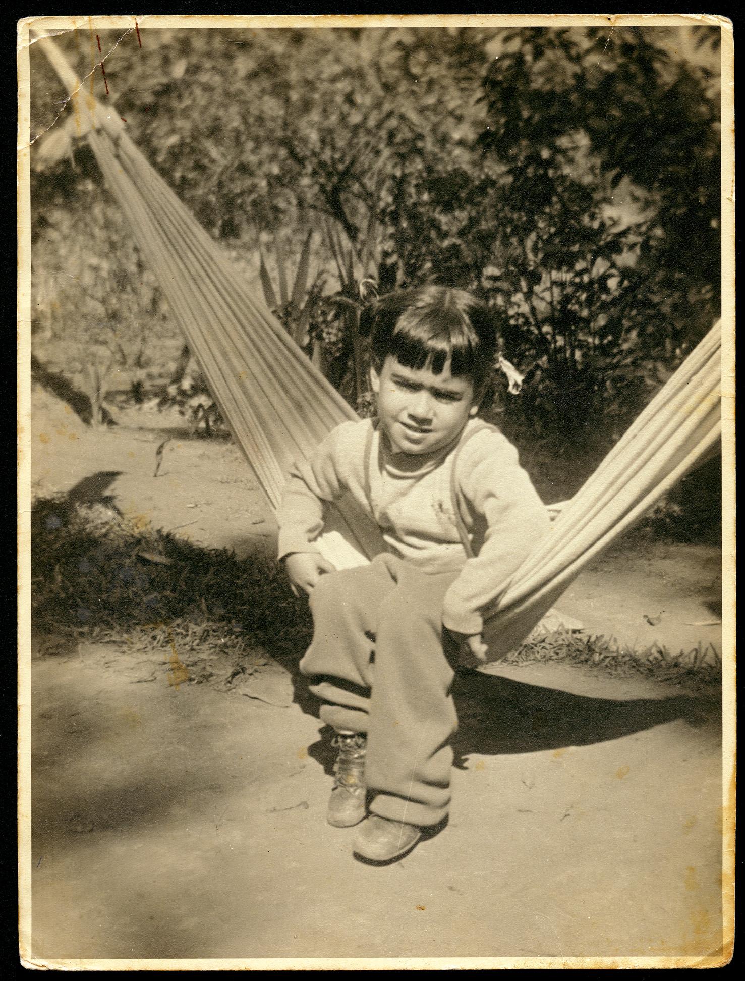 Aos 3 anos, na rede do sítio da família,  em Miguel Pereira (RJ)