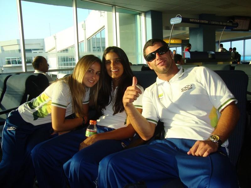 Camilla Ortenblad, eu e Marcelo Giardi, no aeroporto do Panamá