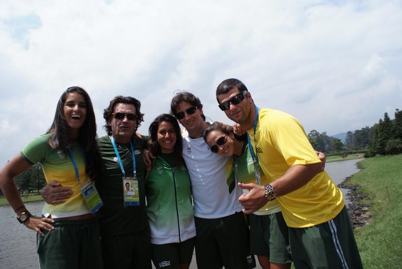 Da esquerda para a direita: Teca Lobato, Rafael Negrão, Juliana Negrão, Caio Simioni, Camilla Ortenblad, Marcelo Giardi