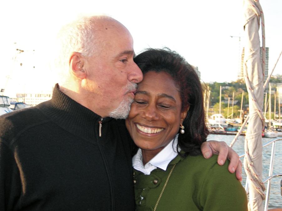 A chegada: em 2006, para o Fantástico, com Paulo Coelho, Glória percorreu a Transiberiana, a maior travessia férrea do mundo: de Moscou a Vladivostok,  na Rússia