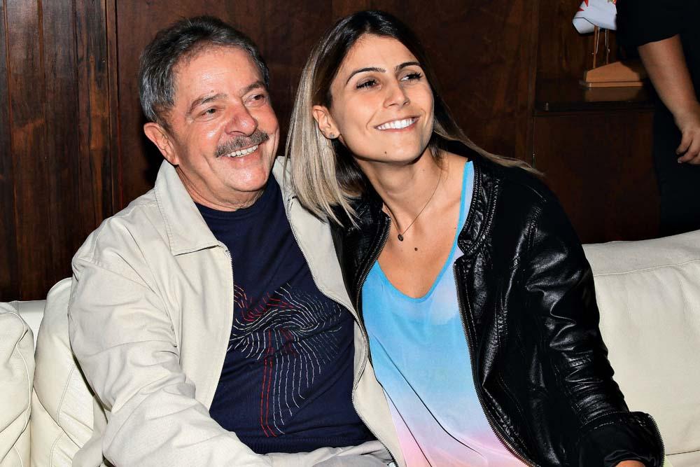 Com Lula no aniversário do PCdoB deste ano, em São Paulo