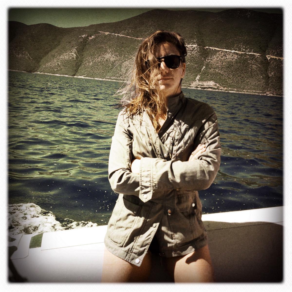 Fazendo pose na Grécia