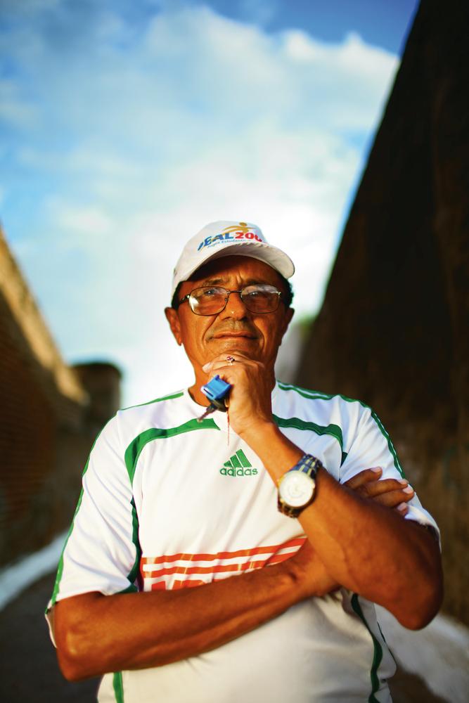 Tota, primeiro treinador