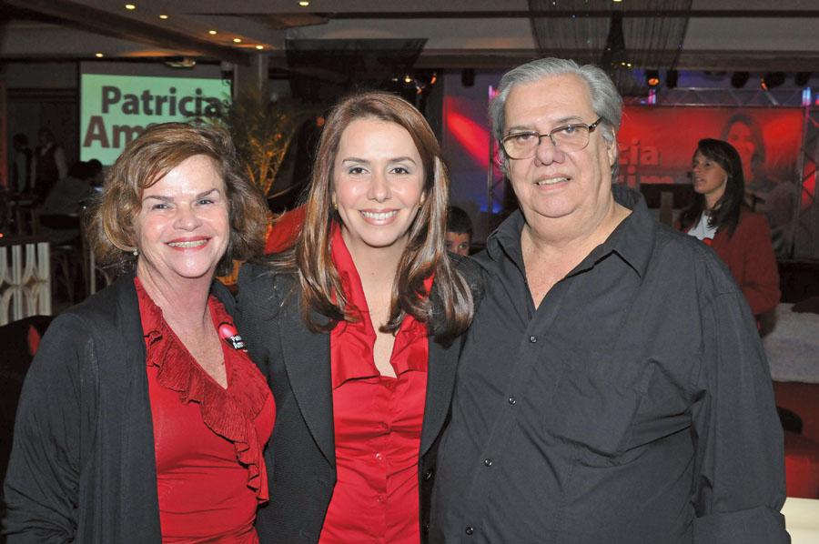 Com os pais, durante a campanha para presidência do Flamengo