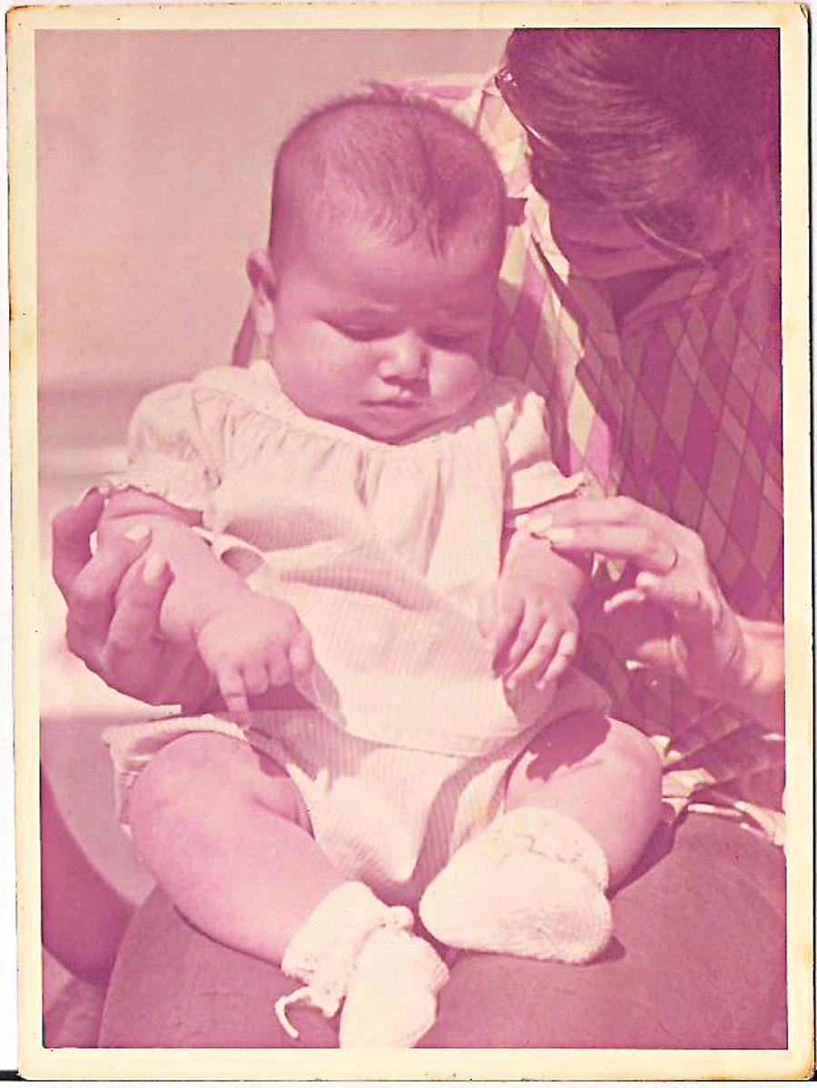 Com um 1 ano de idade
