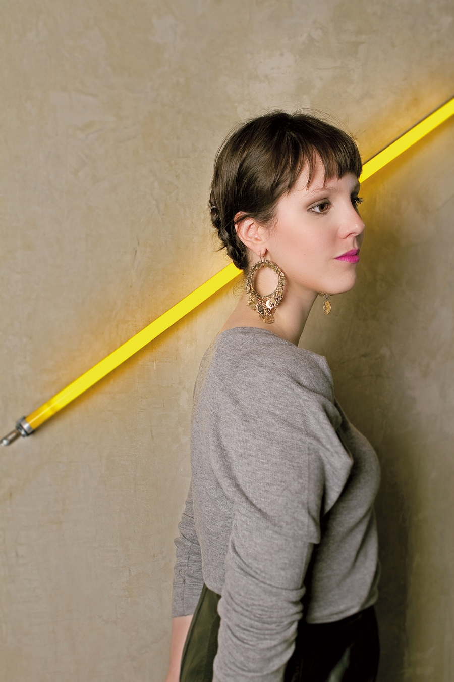 Tranças múltiplas - Jana Rosa ensinou uma trança múltipla prática de fazer na Tpm 203, lembra? https://revistatrip.uol.com.br/revista/103/magazine/sem-no.html