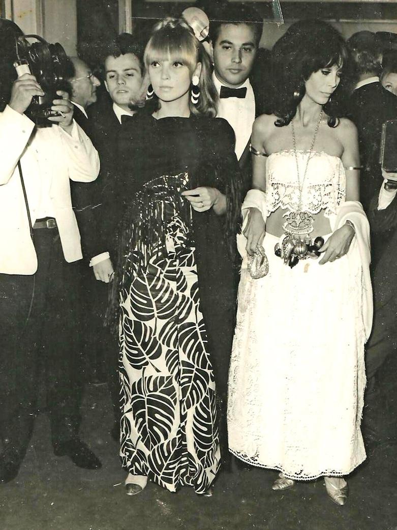 Em 1966, no Festival de Cannes, com o amigo Arthur Bezerra de Melo e a atriz Isabella, quando Menino de Engenho participou da mostra paralela