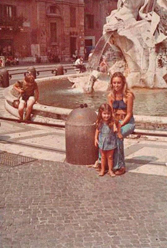 Na época  em que viveu em Roma com a filha, Joana