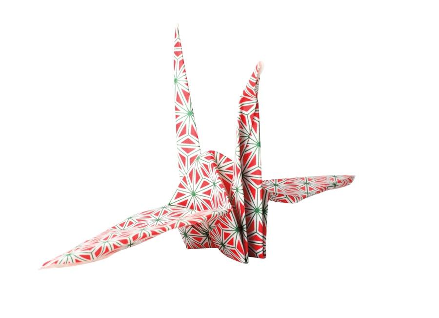 """Origami de tsuru """"Vou levar como um amuleto de sorte pro resto da vida."""""""