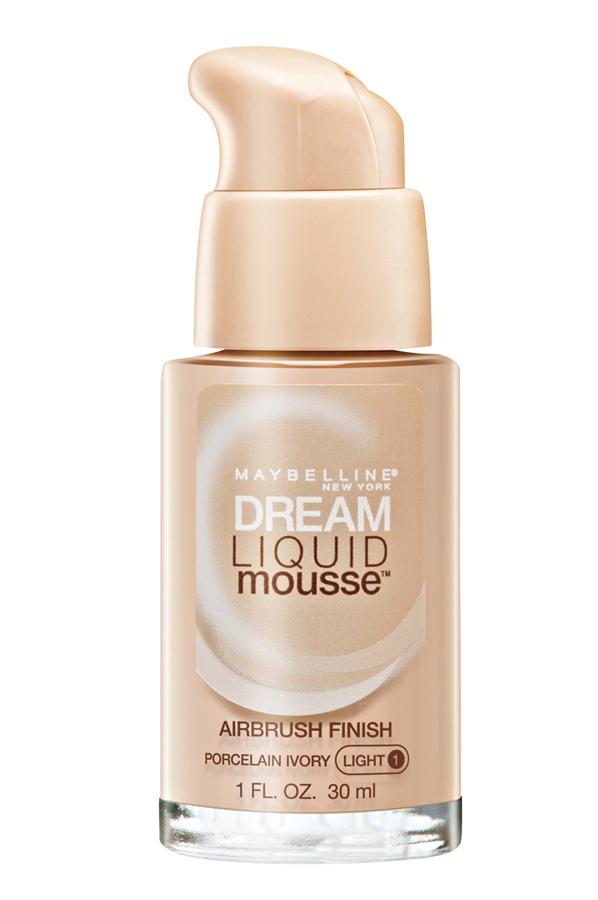 Maybelline New York Dream Liquid Mousse, R$ 49,90: de textura leve, dá um acabamento uniforme e acetinado, que não obstrui os poros. Maybelline 0800-7010114