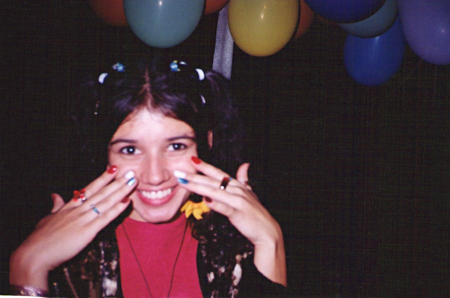 Pronta para ir a uma festa brega, aos 20 anos